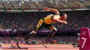 Oscar Pistorius la startul probei de 400m la Olimiada de la Londra